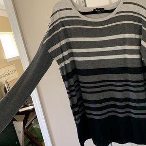 Cyrus Tunic sweater EUC